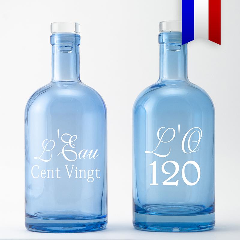 L'Eau 120, la carafe bleue pour les amateurs de jeux de mots, une création Bouteilles D'eauteur.