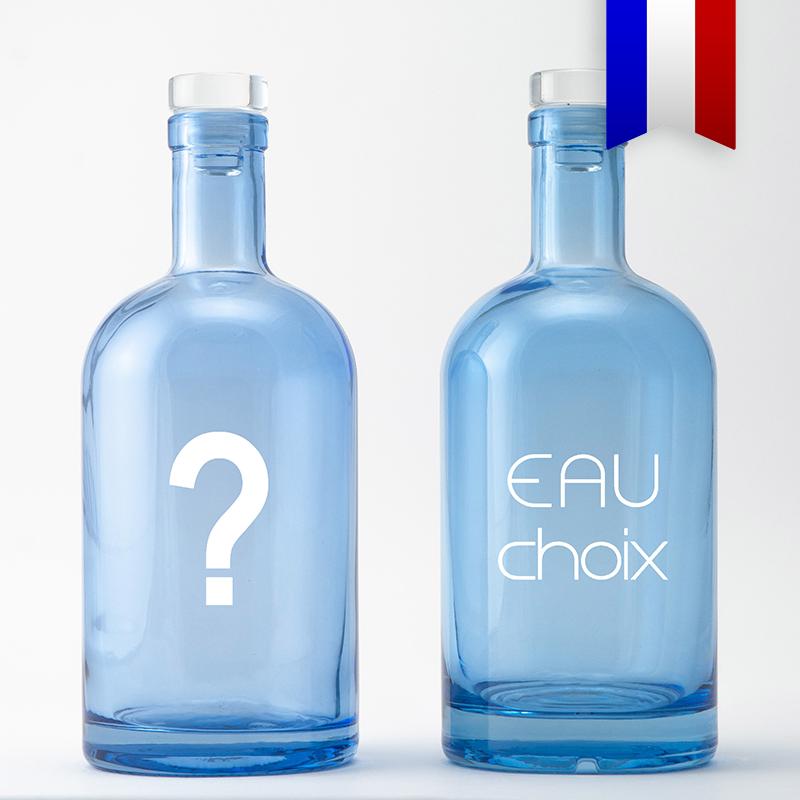 Eau Choix, la carafe bleue pour les indécis, une création Bouteilles D'eauteur.