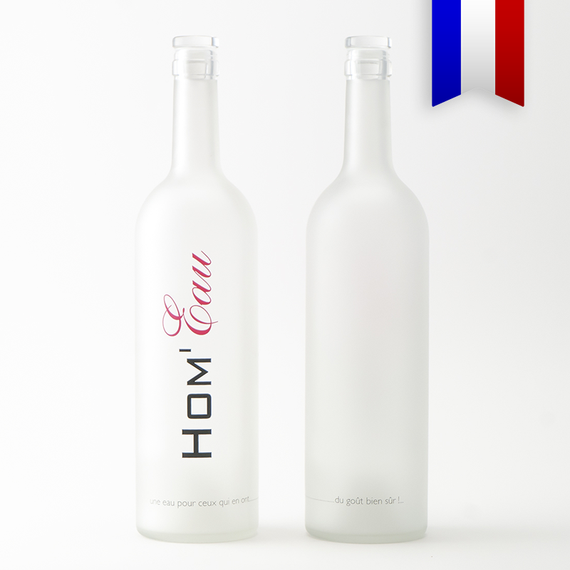 Bouteilles d'Eauteur crée une bouteilles bordelaise satinée pour célébrer la diversité!