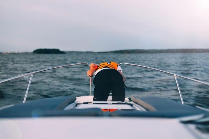 How To Keep Your Kid Away From Seasickness