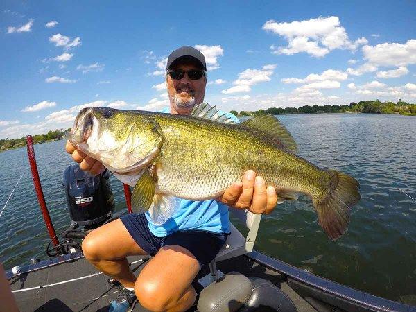 Orlando Bass fishing - Catch Bass - Bass fishing - Orlando Lakes