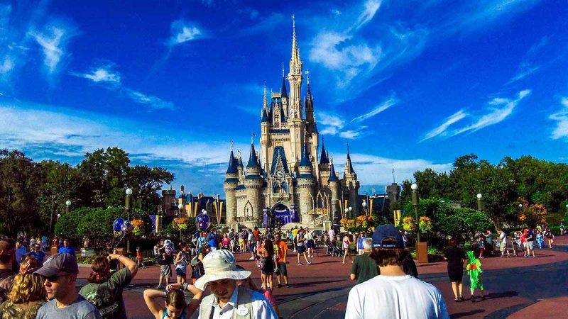 Famous Tourist Destinations - Orlando hotels - Disney World