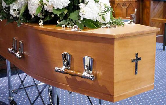 Cercueil en pin