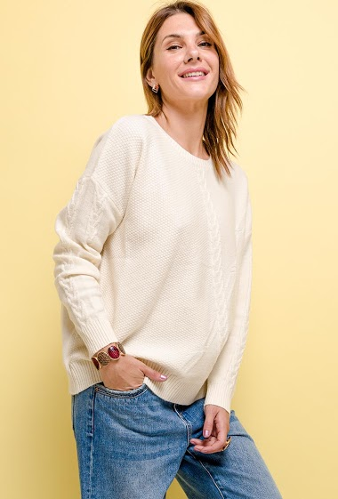 RIBBED sweater. The model measures 175cm