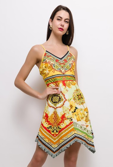 Strappy dress, asymmetric hem. The model measures 175cm and wears S/M. Length:85cm