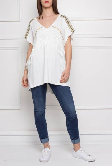 Long pullover with fringes, short sleeves