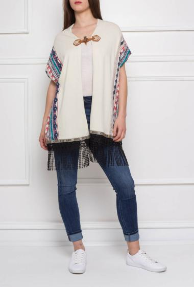 Short sleeves cardigan printed on sides with fringes