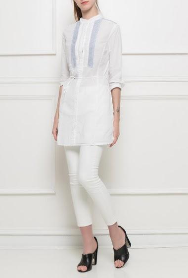 Long shirt with striped yoke, belt, 3/4 sleeves