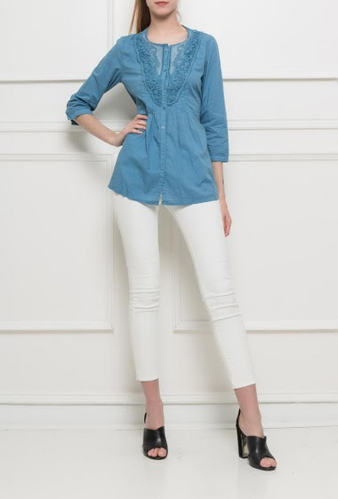 Shirt with lace insert, belt, 3/4 sleeves