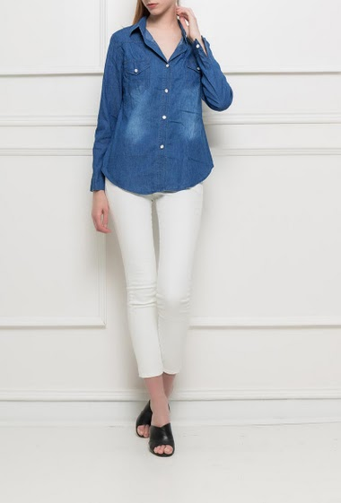 Basic shirt in denim, roll-up sleeves, regular fit