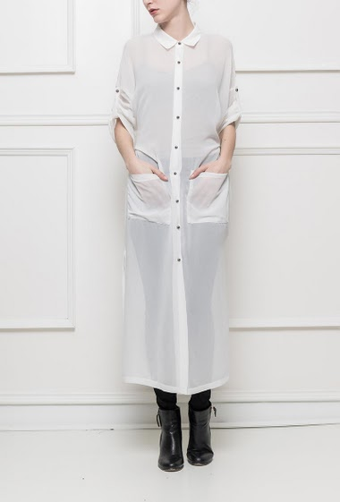 Transparente shirt, roll-up sleeves, pockets, belt, side slit, regular fit