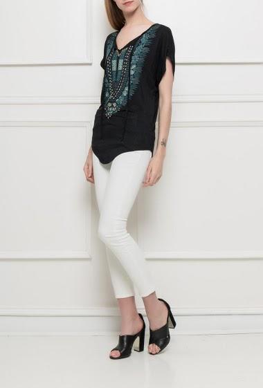 T-shirt imprimé, perles fantaisie, coupe décontractée, manches courtes