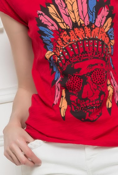Short sleeves t-shirt with printed indian, strass, basic fit