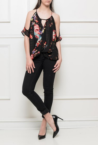 Draped top with printed flowers, cold shoulders, transparent and lightweight woven fabric