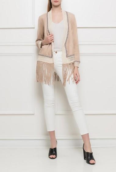Veste ouverte avec bordure en dentelle et franges, manches longues