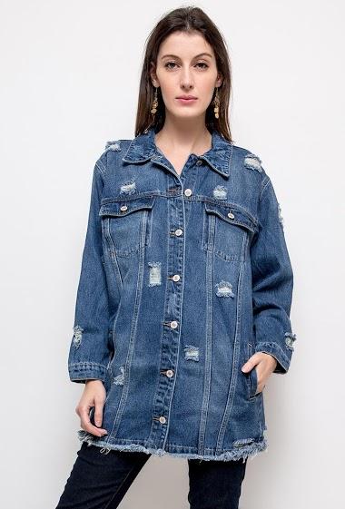 Veste déchirée en jean