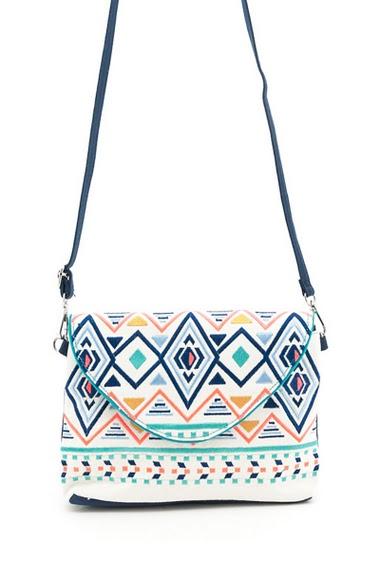 Clutch bag. Width x Length x Height :  25x6x18 cm