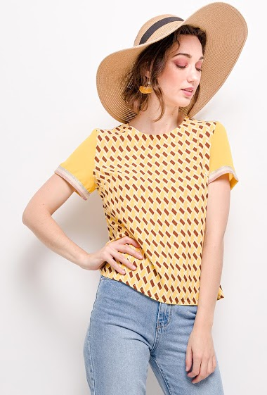 Blouse with geometric pattern