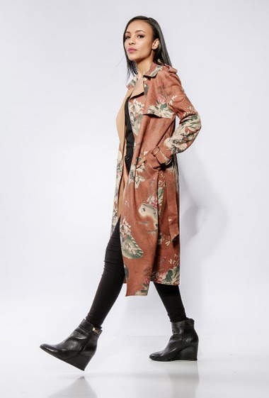 Suede floral trench-coat, belt, open front. The model measures 170cm and wears S