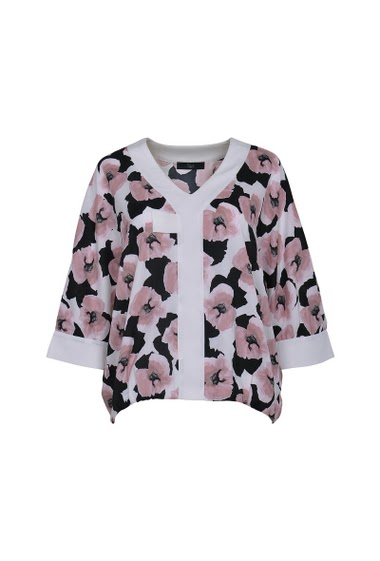 V neck Printed blouse, kimono sleeves with white patch