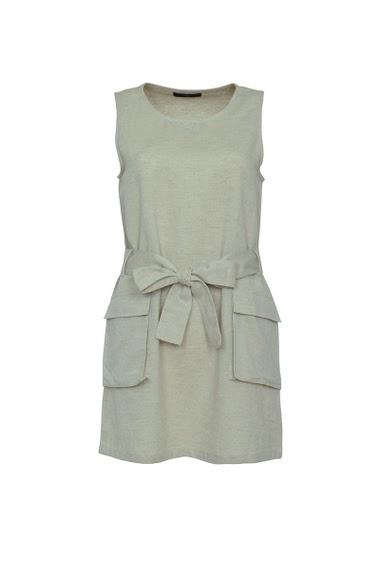 Sleeveless short dress, flap pockets,  belt at waist