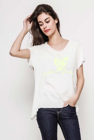 T-shirt en coton, manches courtes. La mannequin mesure 176cm, TU correspond à 38/40. Longueur:75cm