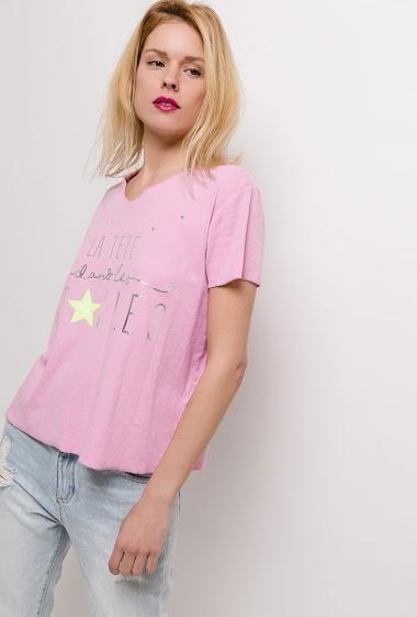 T-shirt à manches courtes. La mannequin mesure 177cm, TU correspond à 38/40. Longueur:62cm