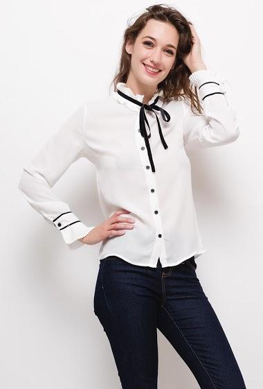 Chemise à col plissé,La mannequin mesure 177cm et porte du S. Longueur:65cm
