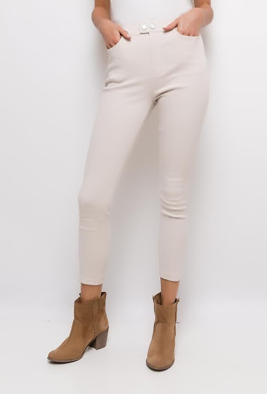 Skinny pants very elastic,The model measures 177cm and wears S