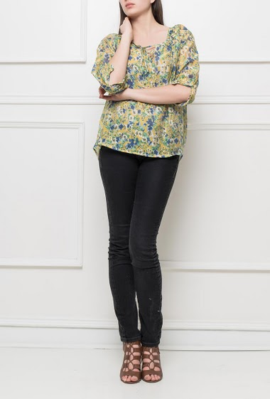 Blouse with flowers pattern, loose fit