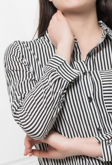 Shirt with bicolour stripes, classic fit