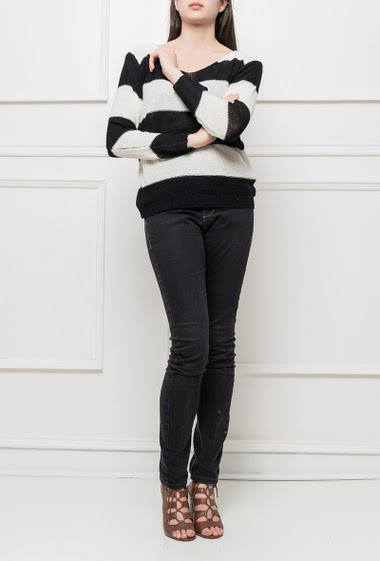 Knit sweater with bicolour stripes