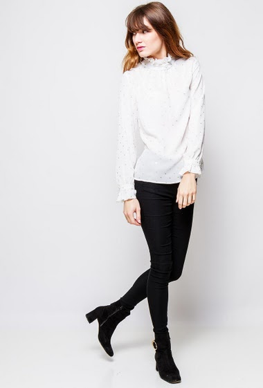 Blouse with shiny pattern, high collar, long sleeves, regular fit. The  model measures 178cm and wears S/M