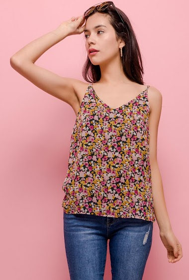 Tank top with printed flowers. The model measures 174cm and wears S. Length:60cm