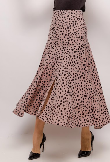 Printed maxi skirt. The model measures 174cm and wears S. Length:82cm