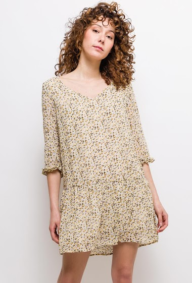 Dress with printed flowers, 3/4 sleeves, frill hem. The model measures 177cm and wears S. Length:85cm