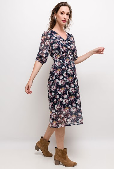 Wrap dress, printed flowers, 3/4 sleeves. The model measures 177cm and wears S. Length:110cm