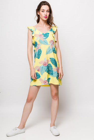 Printed sleeveless dress, scoop back. The model measures 177cm and wears S. Length:90cm