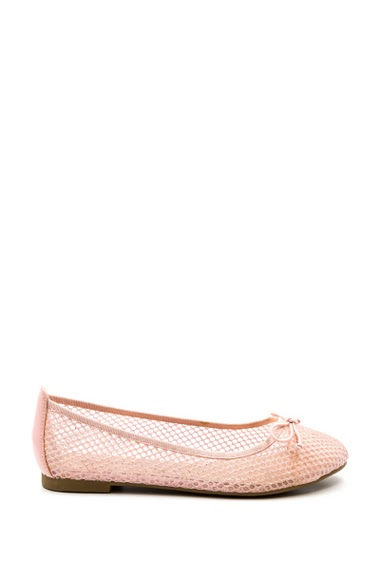 Beautiful ballerinas satin, imitation leather and tulle, round toe. Soft interior and comfort. Embellished with fancy rhinestones and a bow at the front. Heel height: 1 cm.