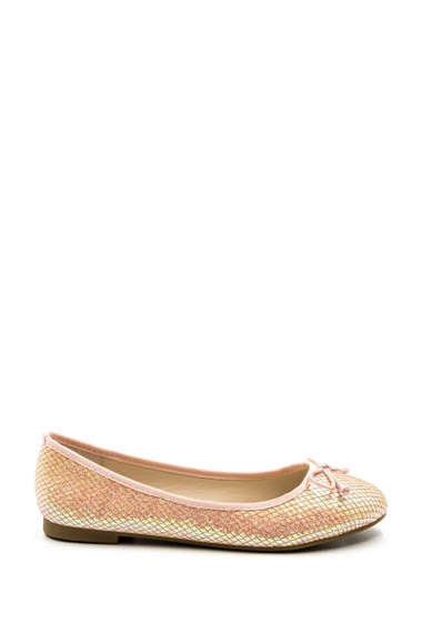 Ballerinas in leatherette, croco shiny effect with round toe, Heel height: 1 cm.