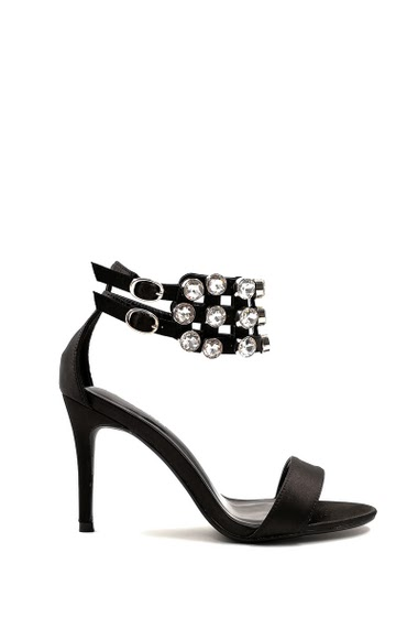 Satin effect heel sandals, rhinestone strap, open toe, buckle closure. Heel: 9 cm. Platform: 1 cm Available in Black, Silver.