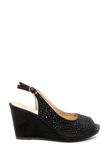 Sandale compensée à strass. Bout ouvert, bride cheville, très confortable. Compensée : 4,5 cm.