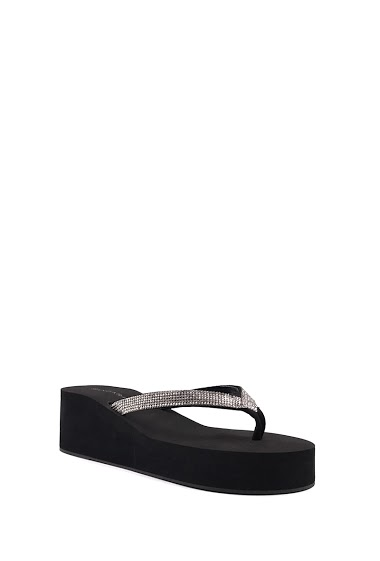 Sandals flip flops platform wedge foam, bridle between finger, open toe, comfortable and flexible, easy to put on. Platform: 3 cm Compensated: 6 cm. Available in Black, Silver, Champagne.