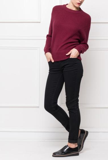 Soft knit pullover, casual fit