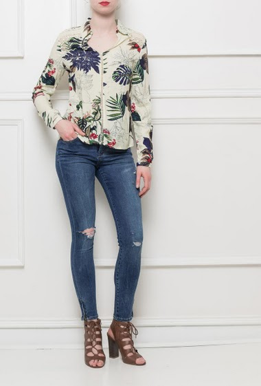 Shirt with floral pattern, V neck, long sleeves, soft and fluid fabric