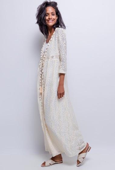 Kaftan in lace
