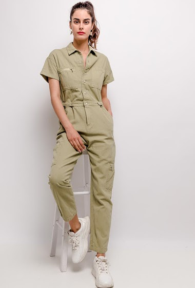 Jumpsuit with buttoned closure, corgo design