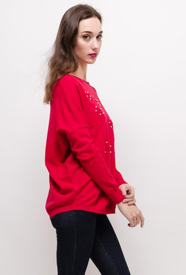 Sweater with pearls and stars