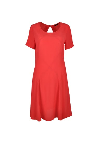 Robe manches courtes, col rond