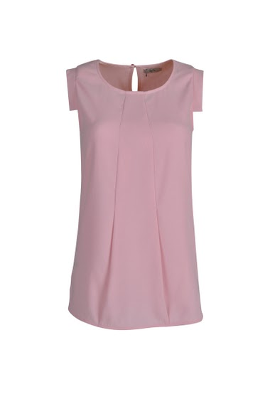 Top with small sleeves, round neck